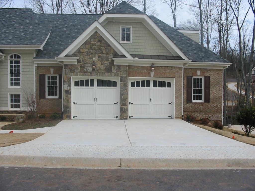 Residential Garage Doors 1024 x 768